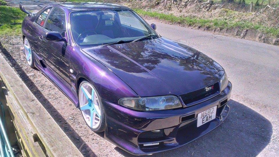 Violet Purple Nissan Skyine painted with Violet ghost Pearls ®.