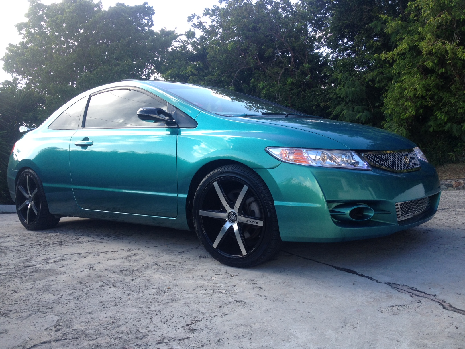 Dark green car paint colors - Blue Green Flip Pigment For Cars